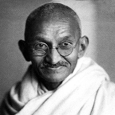 معرفي کتاب هاي گاندی
