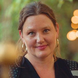 معرفي کتاب هاي آنا روسلینگ